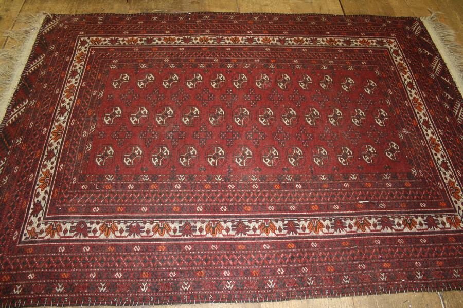Teppichreparatur von der Teppichwäscherei A&F Frankfurt